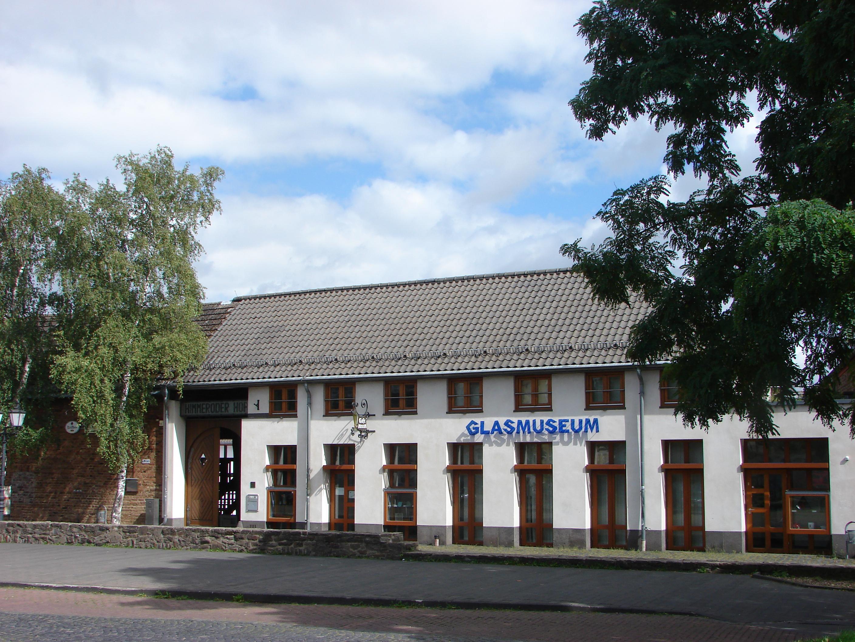 Himmeroder Hof - Glasmuseum