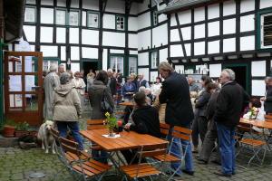 Fruehlingsmarkt im Himmeroder Hof